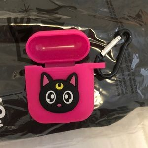 Airpods case 🐱